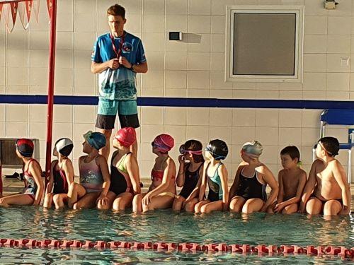 """Czytaj więcej: Ogólnopolski  Projekt """"Umiem pływać""""  realizowany w roku szkolnym 2020/2021  zakończony!"""