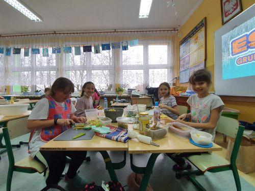 """Czytaj więcej: Innowacja pedagogiczna """"Aktywnie, kreatywnie i zdrowo"""""""